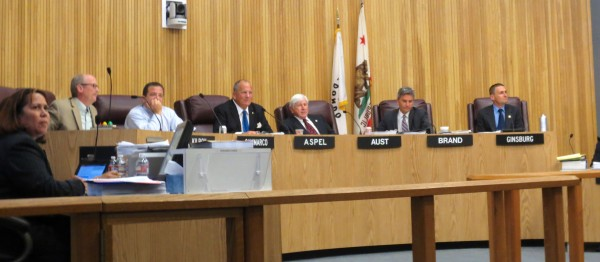 Redondo Beach City Council leaves mixed-use moratorium on the table